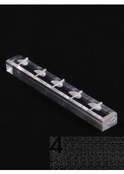 Barra porta anelli in plexiglass trasparente