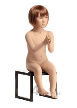 Manichino bambino 2 anni realistico con make up, posizione seduta 2B